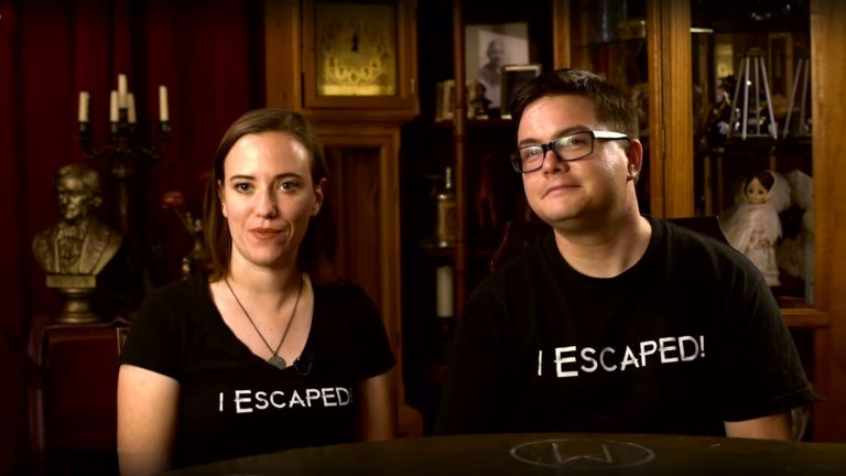Cross Roads Escape Room, Interview, Seance